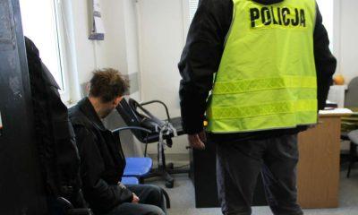 Policja zatrzymała 40-latka, który miał wczoraj w nocy jechać pod prąd na autostradzie A1 i spowodować karambol, w którym zginęła jedna osoba. Fot. Policja