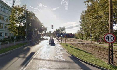 Przejście dla pieszych przy szkole na ul. Andersa w Sosnowcu. Źródło: Google Maps