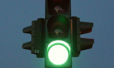 Sygnalizacja na drodze. Fot. CC0