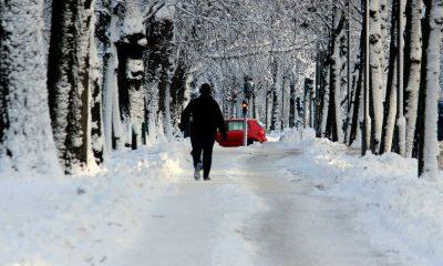 Pieszy na ulicy zimą Fot. CC0