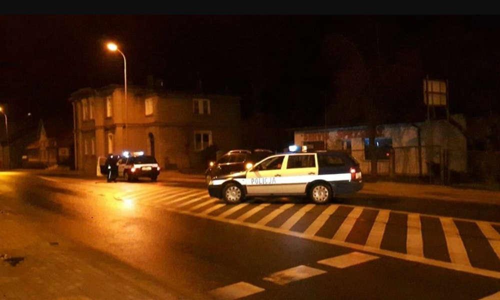 Kierowca potrącił dwóch chłopców przechodzących na przejściu w Kamiennej Górze. Fot. Policja