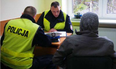38-latek z gminy Kołbiel miał dwa zakazy sądowe i dalej kierował samochodem po pijanemu Fot. Policja