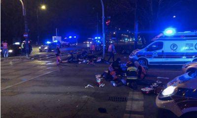 W sobotnim wypadku na ul. Puławskiej w Warszawie zginęło trzech mężczyzn. Fot. Facebook/KM PSP Warszawa