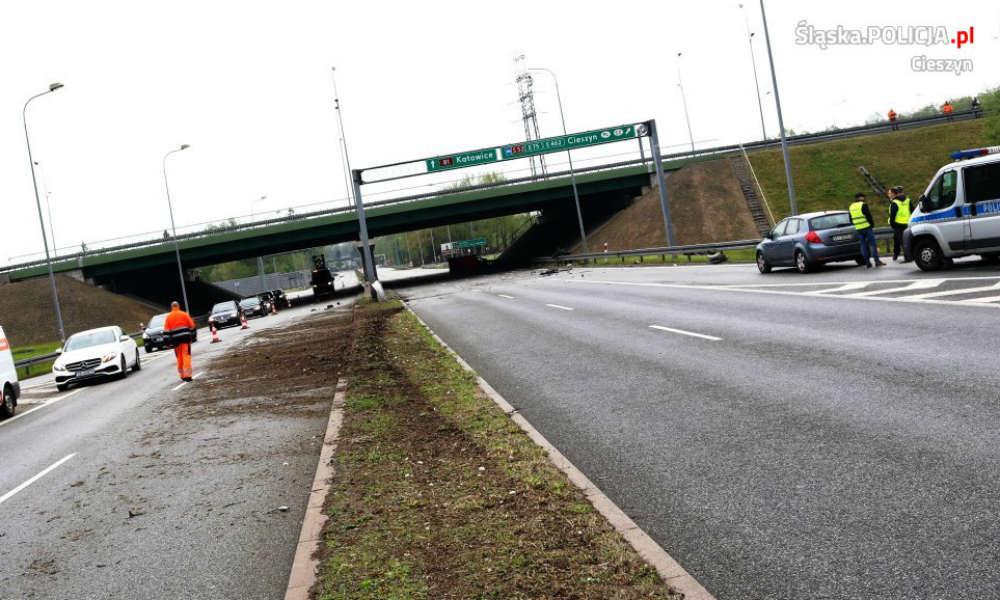 Bramownica drogowa po śmiertelnym wypadku w Harbutowicach. Fot. Policja