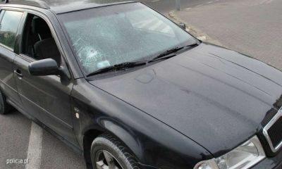 Kierowca wybił szybę w samochodzie innego kierowcy w Łukowie. Fot. Policja