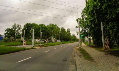 Miejski Zarząd Dróg i Mostów nie zgodził się na budowę przejścia bez sygnalizacji świetlnej prowadzącego w sumie przez cztery pasy ruchu. Lokalna firma, która wnioskowała o przejście, zgodziła się sfinansować sygnalizację. Fot. MZDiM Jaworzno