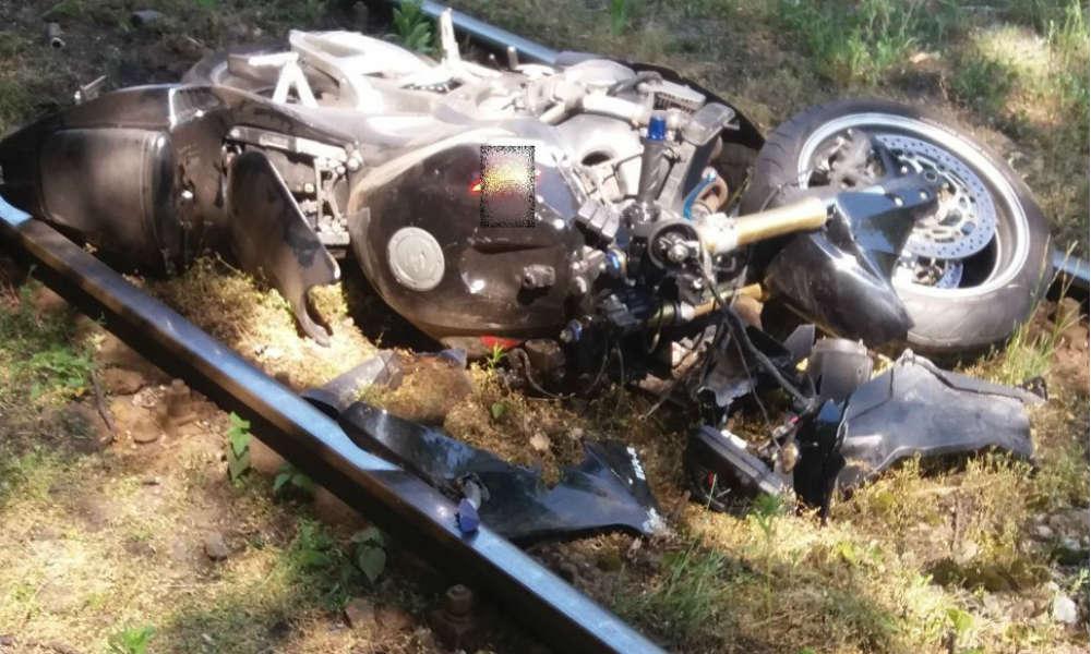 W Sosnowcu motocyklista zabił kobietę przechodzącą przez przejście dla pieszych z dziećmi. Fot. Policja