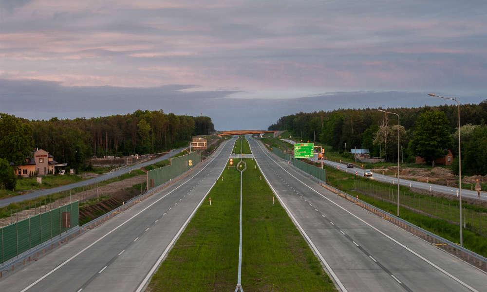 Fragment nowej drogi S17 między Garwolinem a Rykami. Fot. MI