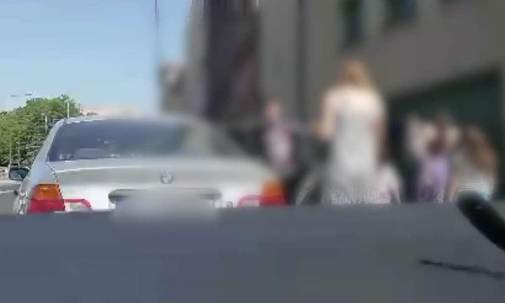 Tym BMW w Chorzowie jechała 10-osobowa rodzina Fot. Policja