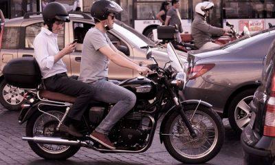Motocykl w ruchu drogowym. Fot. CC0