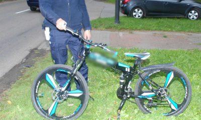 Cedry Wielkie. Ośmiolatek na rowerze potrącony przez motocyklistę. Fot. Policja