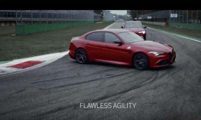 Reklama samochodów Alfa Romeo - pokazywane są wyłącznie podczas wyścigu na torze. Źródło: YouTube