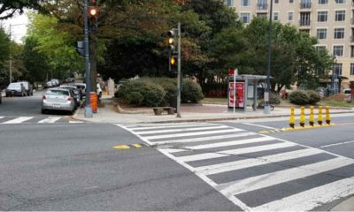 """Instalacja, która """"utwardza linię środkową na skrzyżowaniu w Waszyngtonie. Dzięki temu kierowcy skręcający w tę drogę w lewo, nie ścinają zakrętu i wykonują ten manewr z mniejszymi prędkościami Fot. IIHS"""