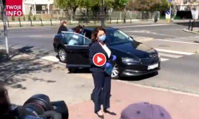 Kierowca polityków łamiący przepisy w Warszawie Źródło: TVP Info