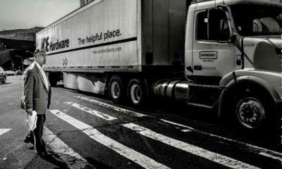 Zrzeszenie firm transportowych przekonuje, że kierowcy ciężarówek nie będą mieli szans zatrzymywać się przed przejściami dla pieszych po zmianie prawa w Polsce Fot. Steve Soblick/CC BY 2.0