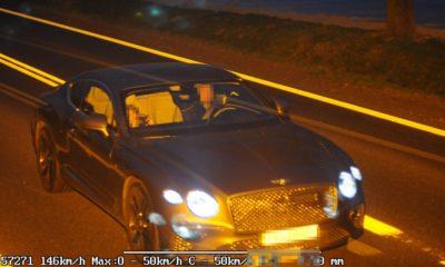 Kierowca bentleya udawał, że nie wie, kto kierował samochodem przyłapanym przez fotoradar. Sąd uznał, że to on kierował Fot. CANARD