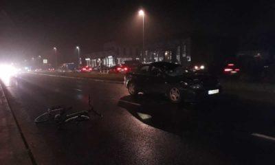 Miejsce, gdzie zatrzymał się kierowca po uderzeniu w rowerzystę na przejeździe dla rowerów w Toruniu. Fot. Anna Zglińska