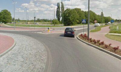 Przejście dla pieszych bardzo blisko ronda, na zjeździe źródło: Google Mapa